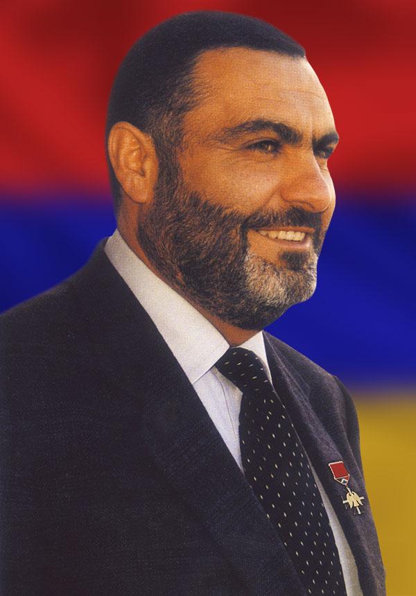 Վազգեն Սարգսյան - Yerkrapah